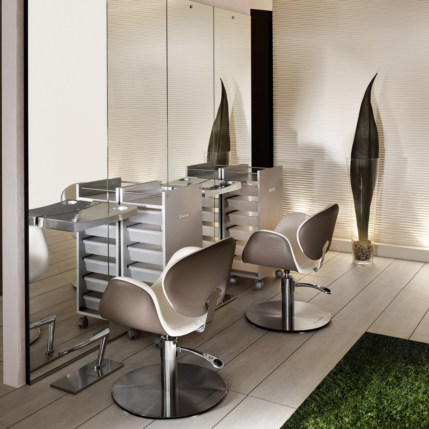 Amber Modern Styling Chair by Salon Ambience alternative product image 10