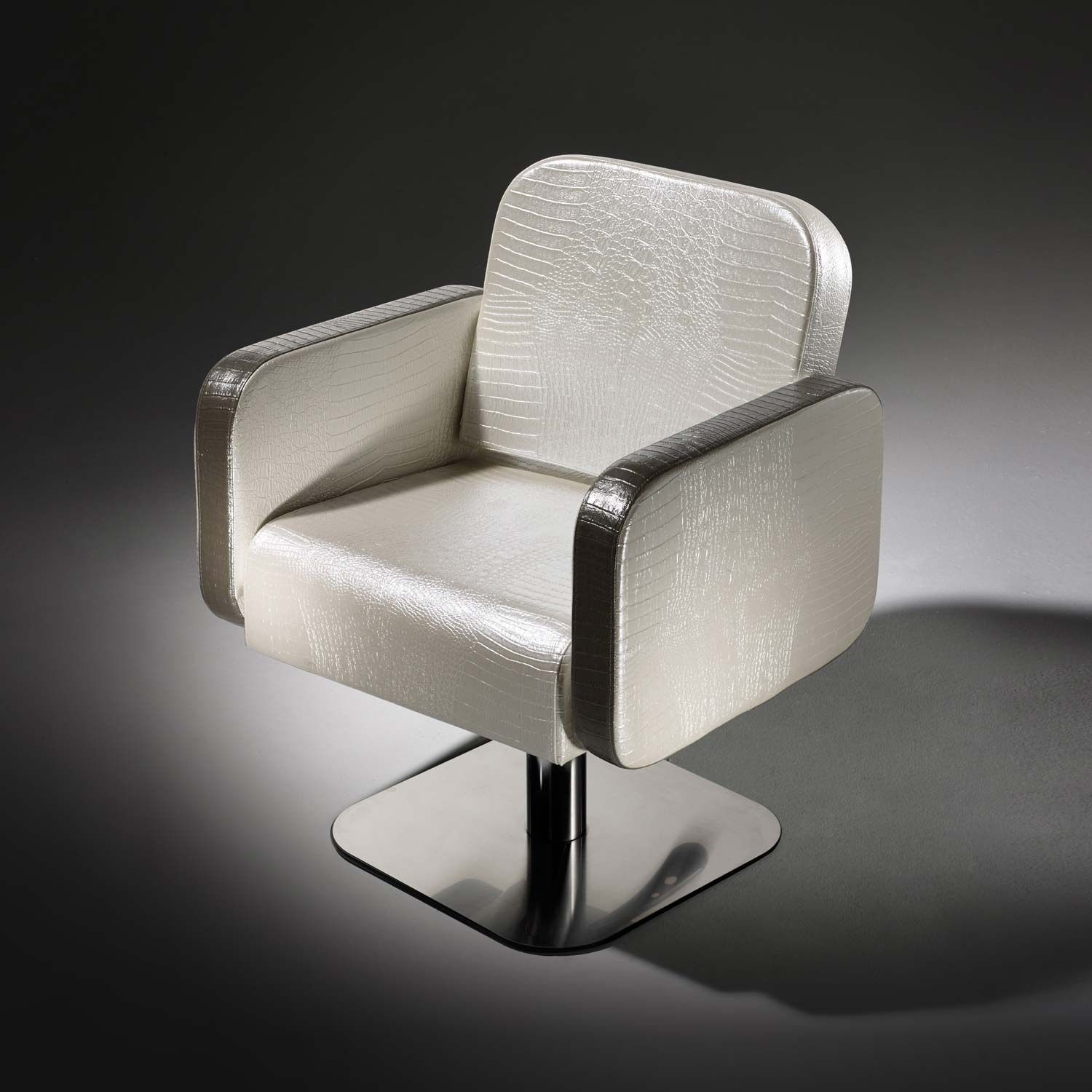Icon Styling Chair by Salon Ambience alternative product image 3